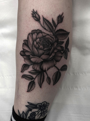 flower on leg by jake x.jpg