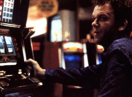 Recomendación | Hard Eight: una cinta que ofrece mucho con pocos recursos