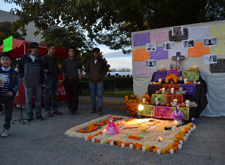 Activistas conmemoran a alumnos asesinados