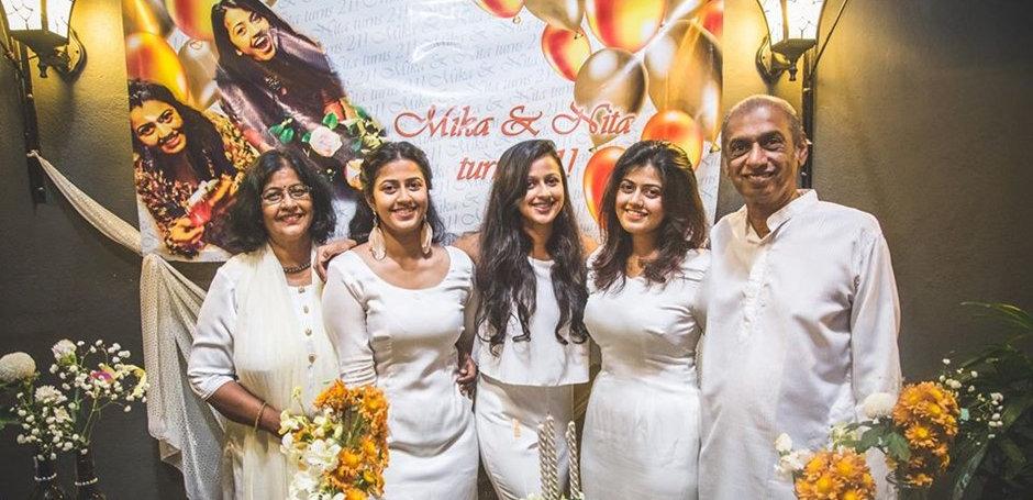 Krishna_family.jpg