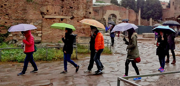 Walk in the rain in Rome