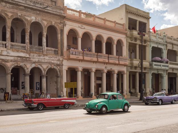 Old American cars in Havana