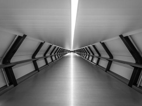 Crossrail Place walkway, Canary Wharf