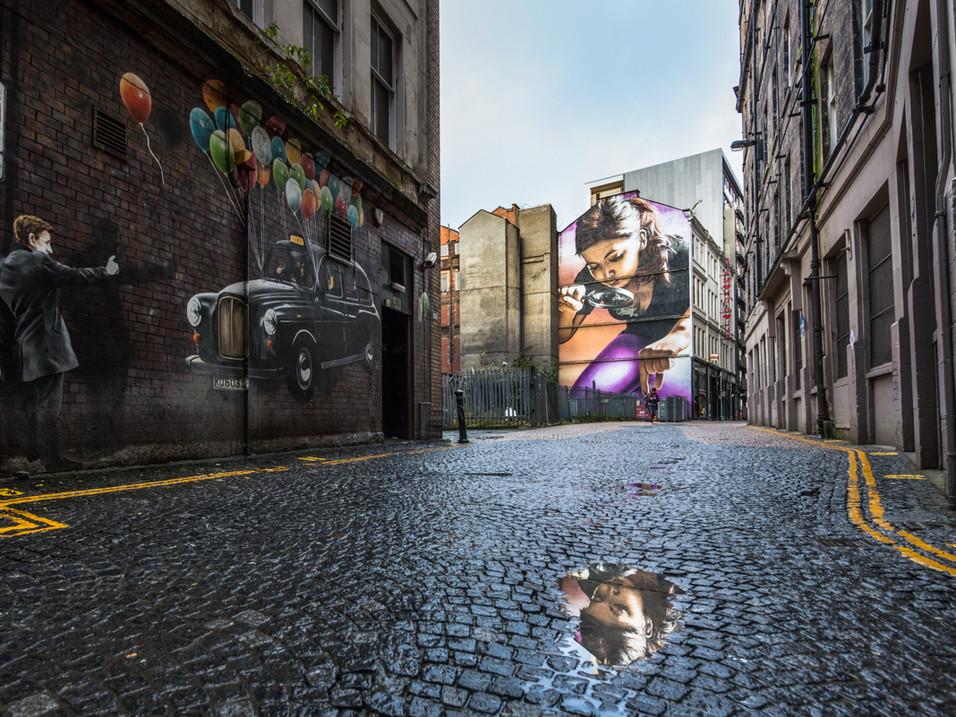 Glasgow graffiti girl