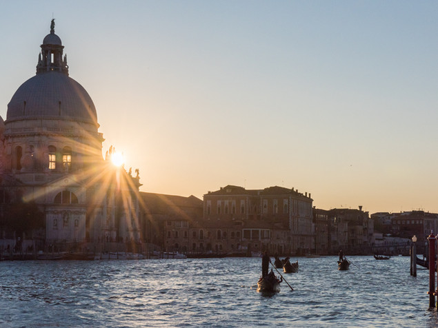 Sunset behind St Mark's Basilica,_VeniSunset behind St. Mark's Basilica, Venice