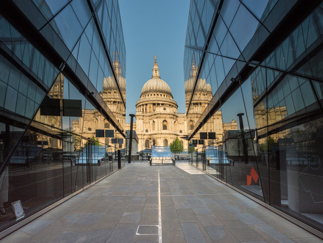 St Paul's Cathedral through the shopping centre