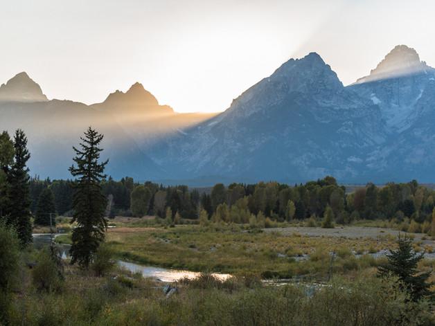 The mountains break the sun Yellowstone