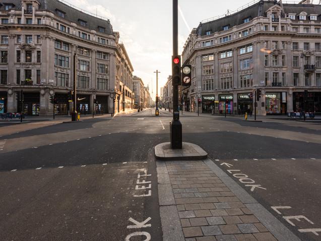 Oxford Street crossroads in Lockdown