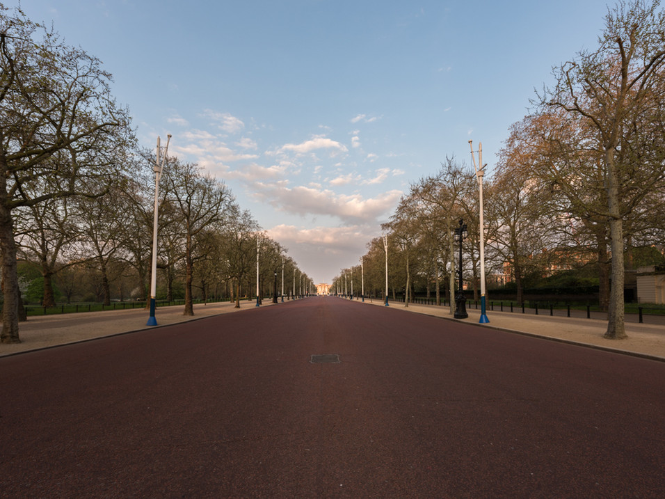 The view up the Mall towards Buckingham
