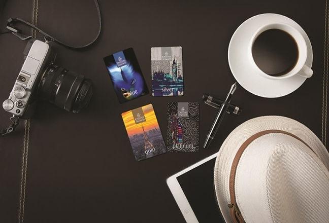 Emirates_Skywards_2016_membership_cards.