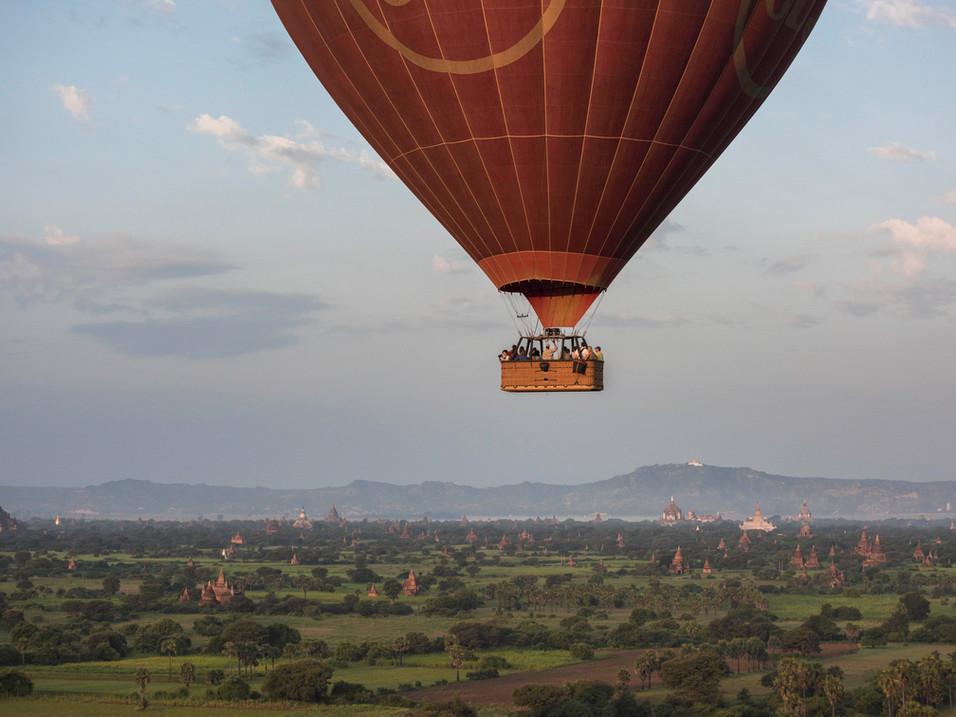 Close up hot-air ballooning, Bagan