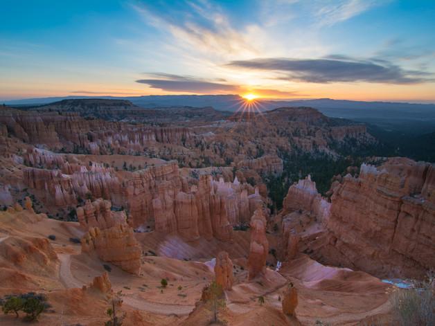 Bryce Canyon sunrise.jpg