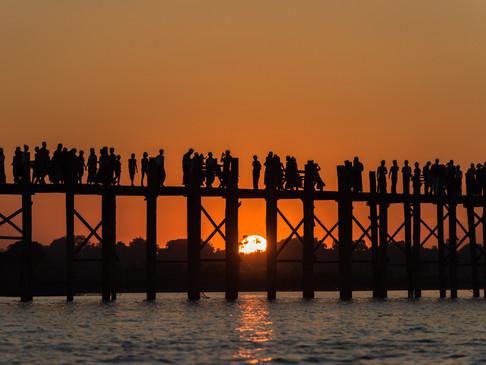 Crowds gather on U-bein Bridge, Mandalay