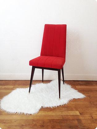"""Chaise rouge en tissu """"Vincennes"""""""
