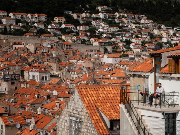 2016-06 Porch Dubrovnik.jpg