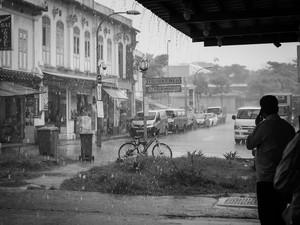 2015-01 Chander Road Downpour (Singapore