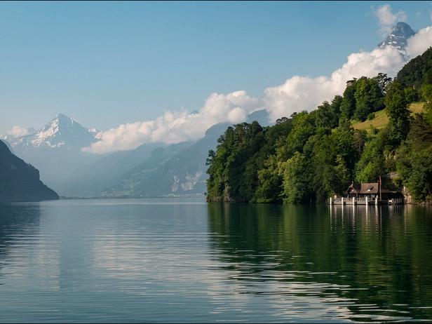 2018-06 Alps-View from Brunnen.jpg