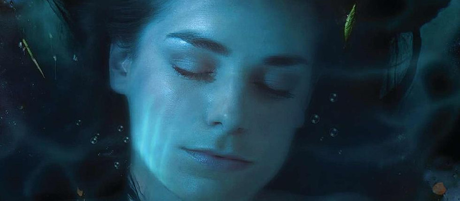 """Resenha: """"A Menina Submersa"""" de Caitlin R. Kiernan"""