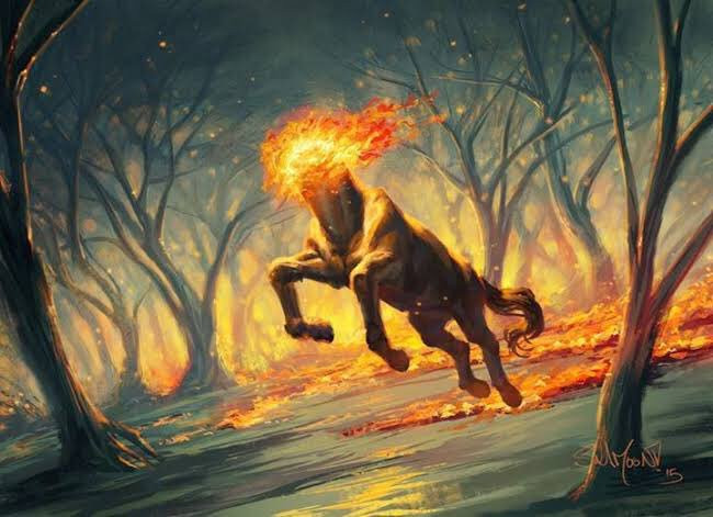 Uma mula-sem-cabeça cavalgando furiosamente em uma floresta em chamas