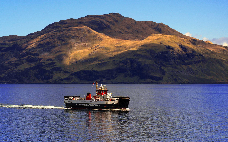 Loch Tarbert passing Ben Hiant (Ships of CalMac)
