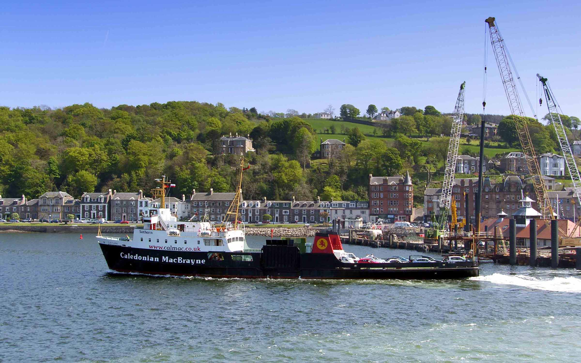 Saturn leaving Rothesay (Ships of CalMac)