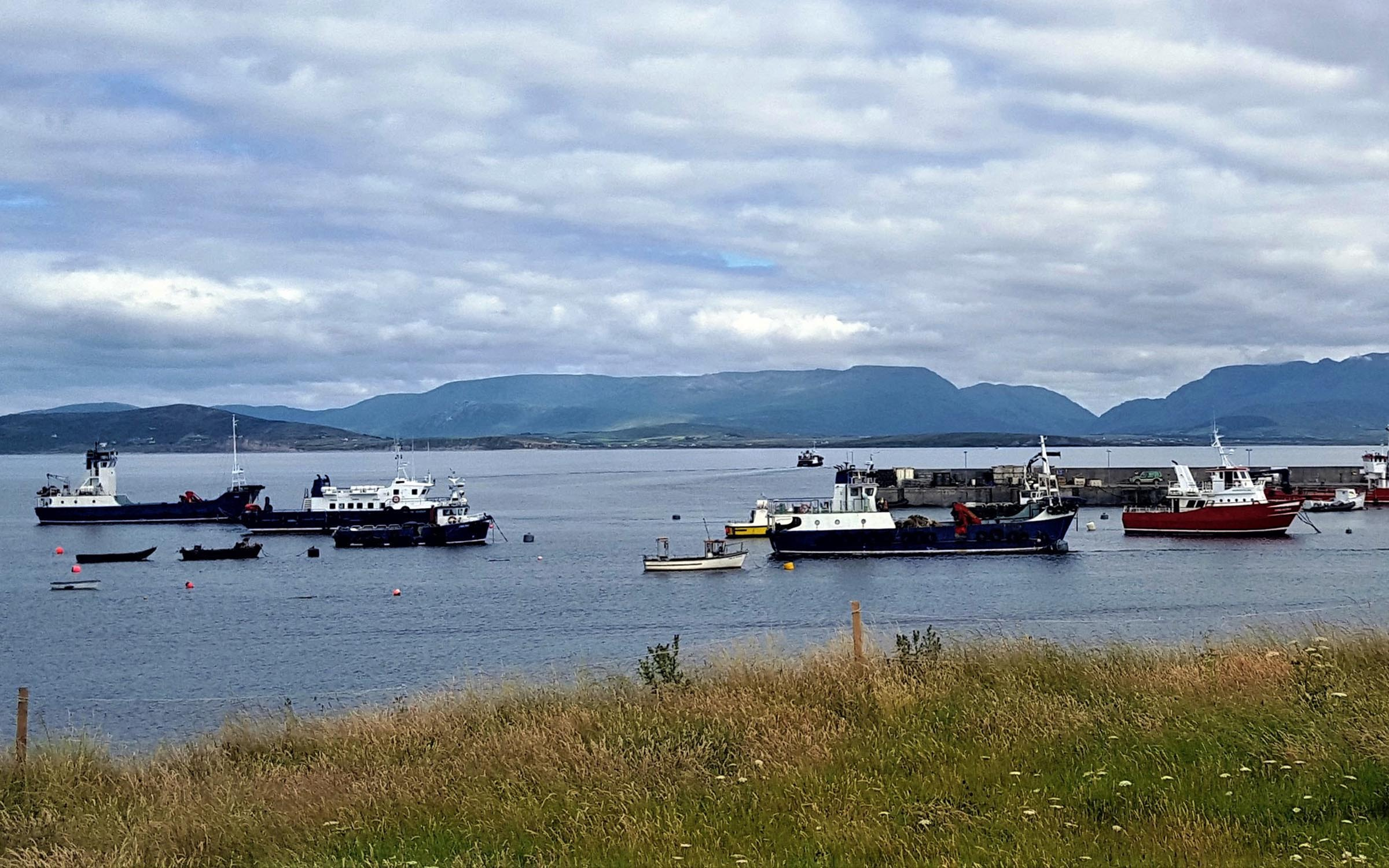 Bruernish (right) with Eigg and Clew Bay Queen (ex Kilbrannan) at Clare Island (Mark Wemyss)