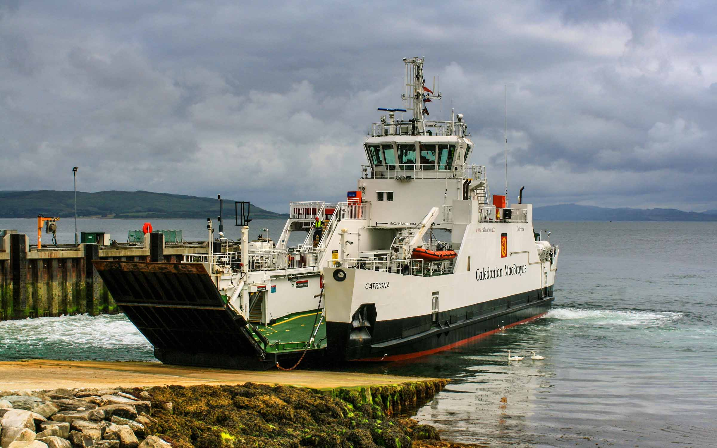 Catriona arriving at Lochranza (Ships of CalMac)