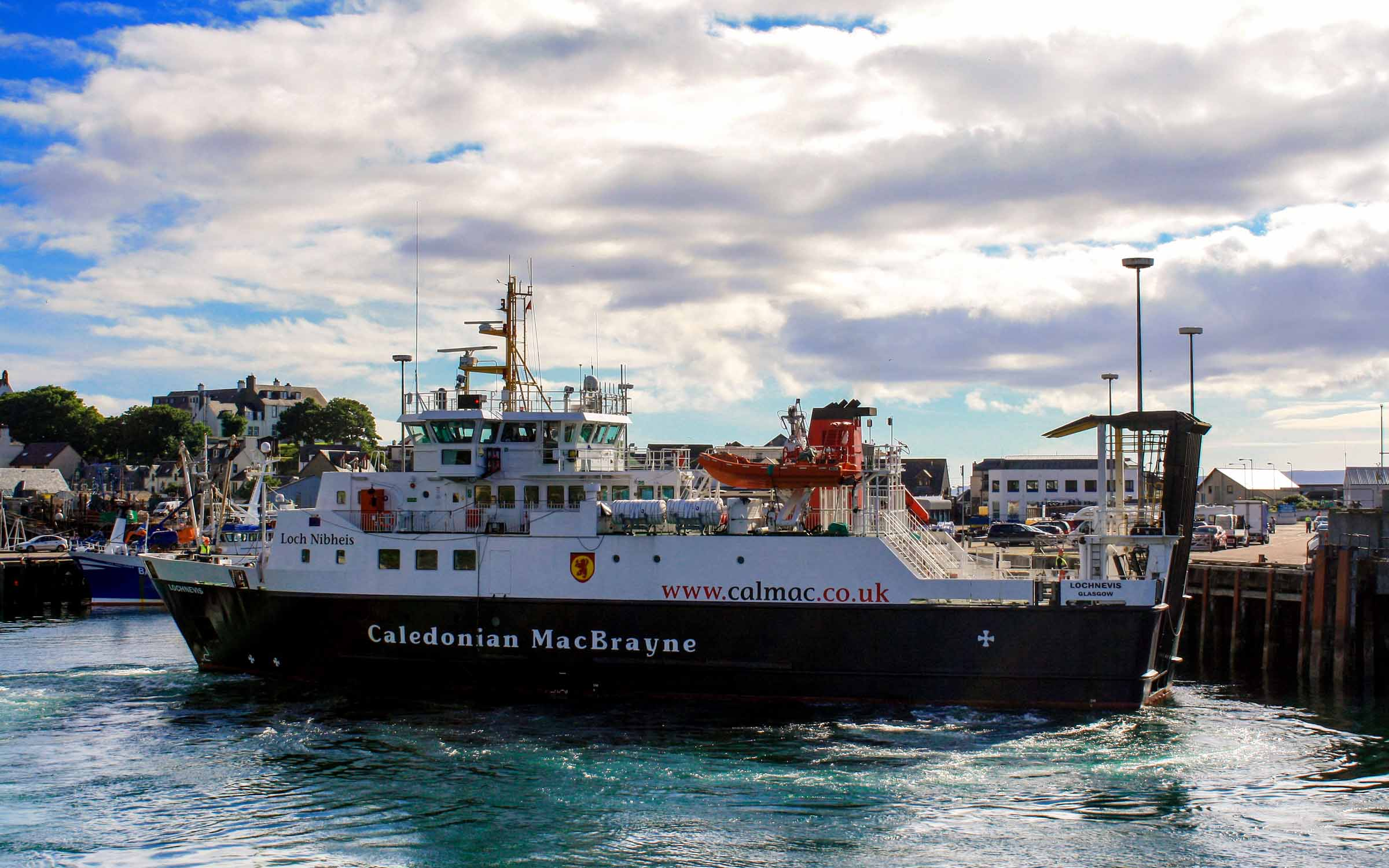 Lochnevis turning in Mallaig Harbour (Ships of CalMac)