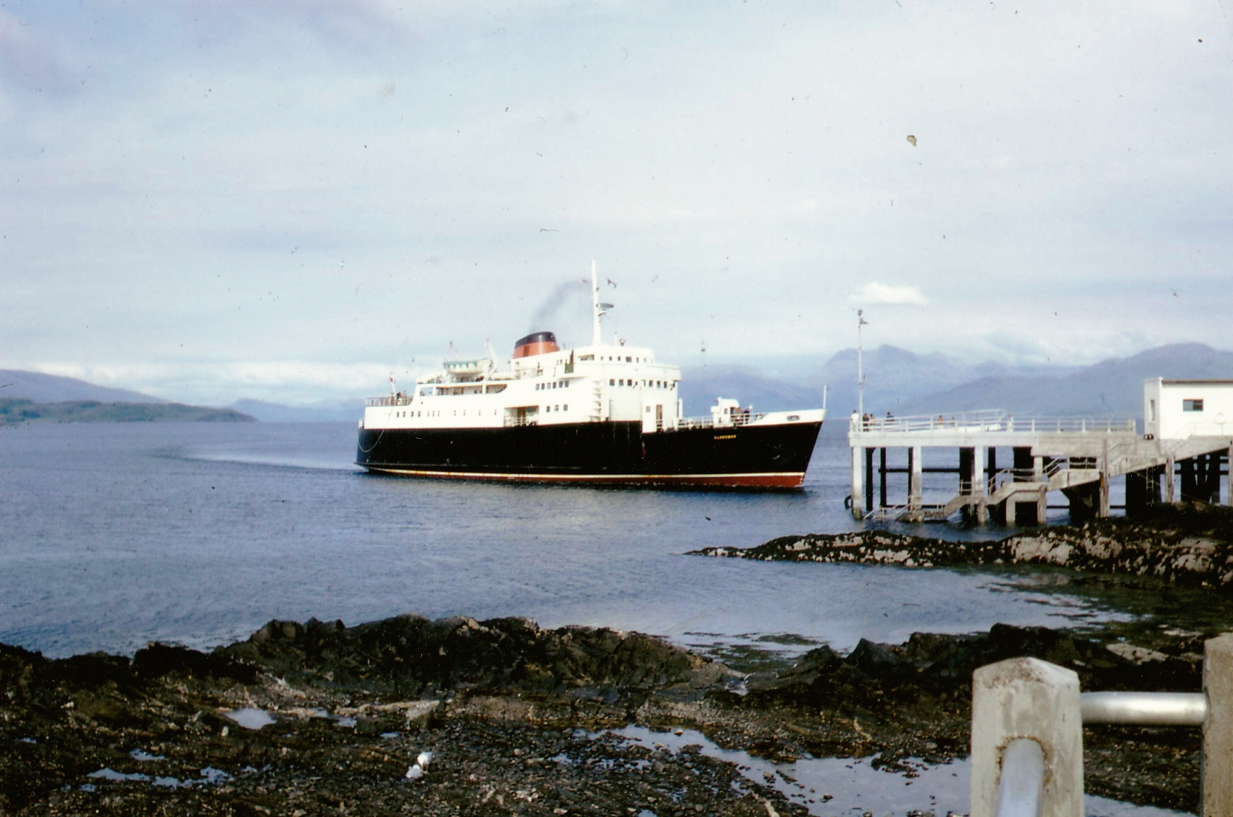 Clansman arriving at Armadale (Jim Aikman Smith)