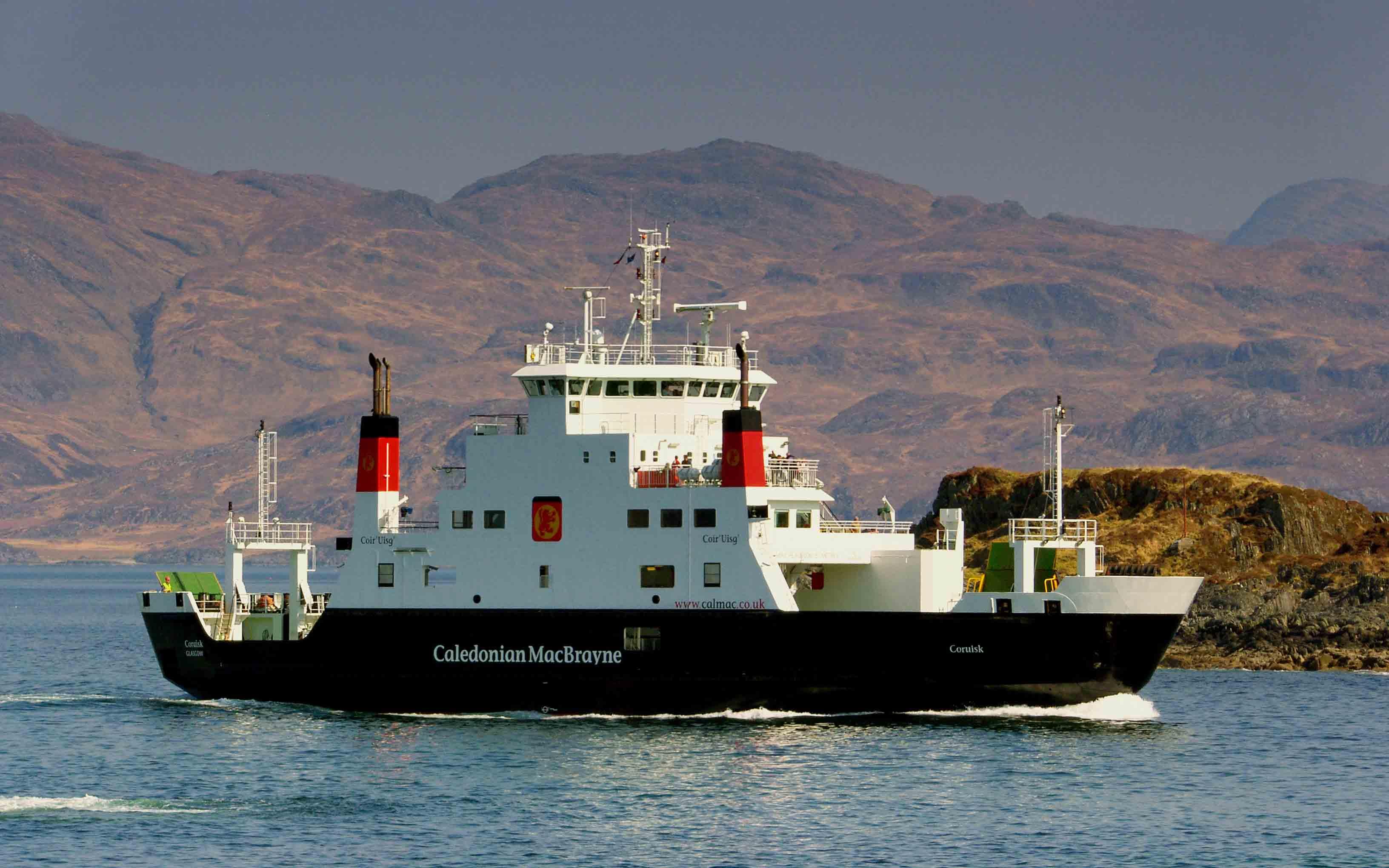 Coruisk entering Mallaig harbour (Ships of CalMac)