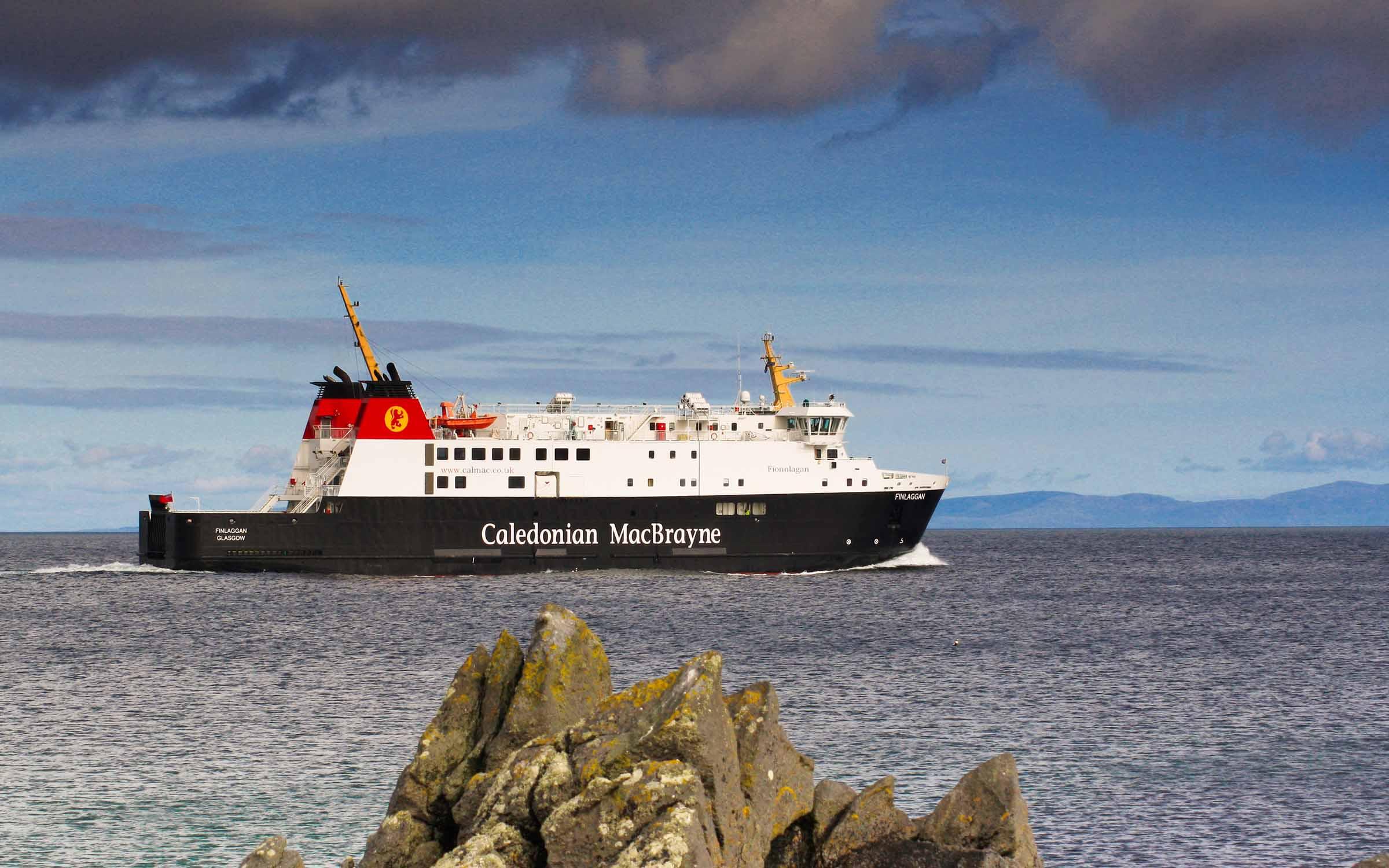 Finlaggan leaving Port Ellen (Ships of CalMac)