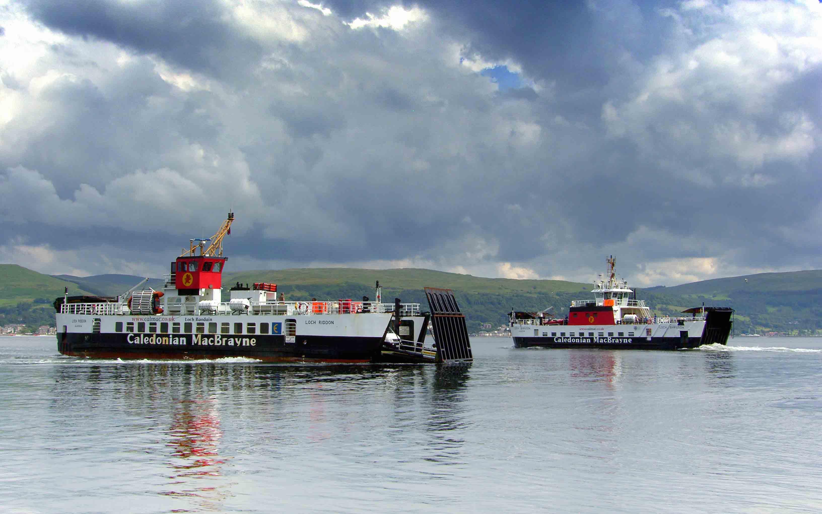 Loch Riddon and Loch Bhrusda off Cumbrae Slip (Ships of CalMac)