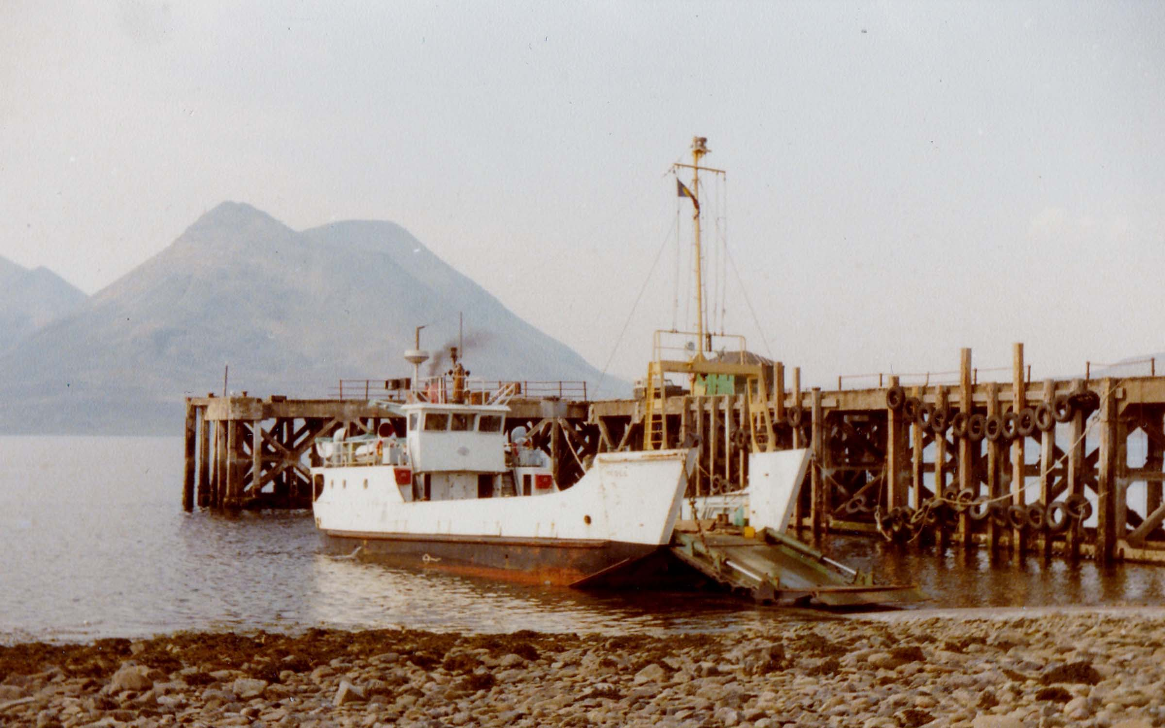 Coll relieving at Raasay (Jim Aikman Smith)