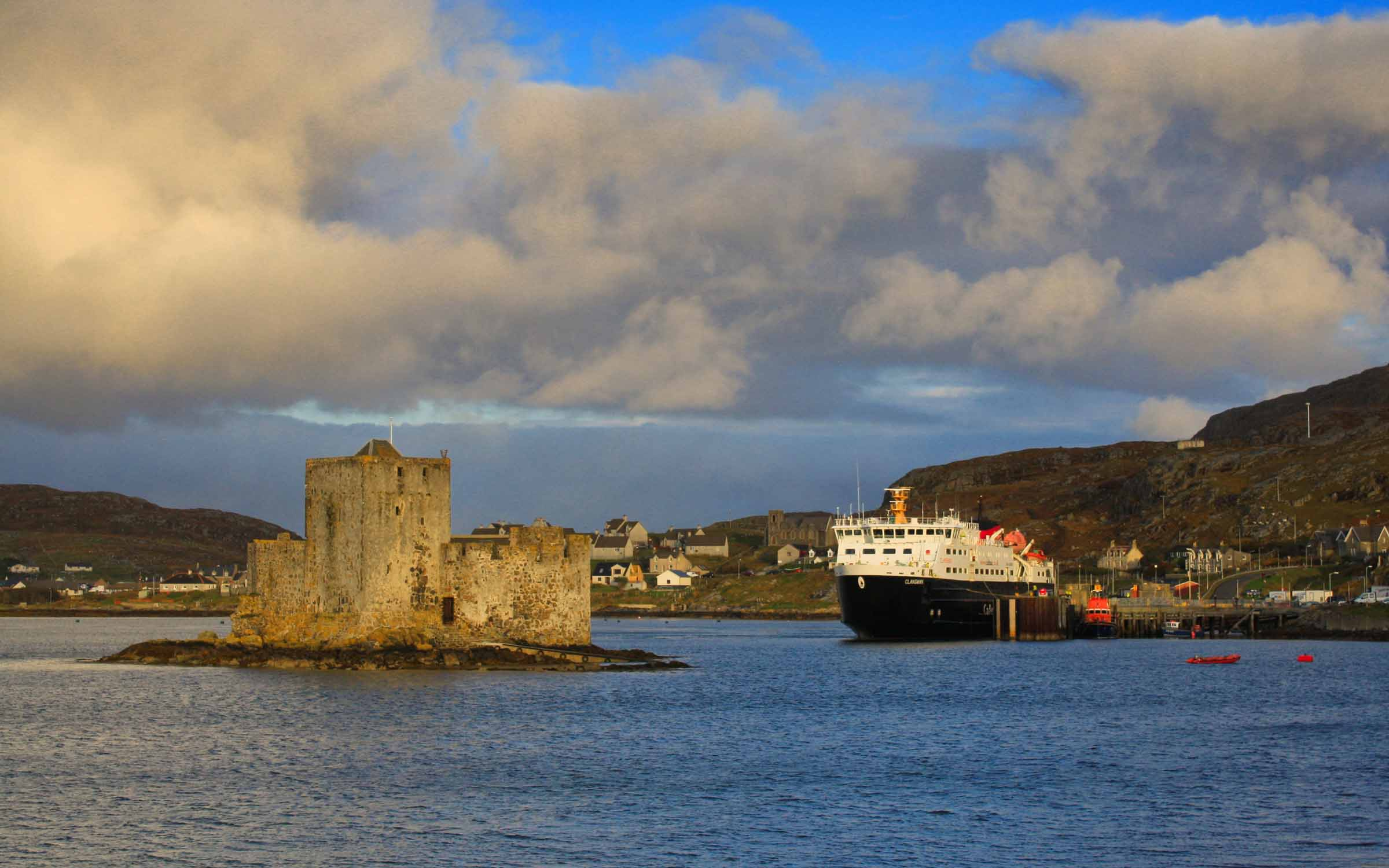 Clansman alongside at Castlebay (Ships of CalMac)
