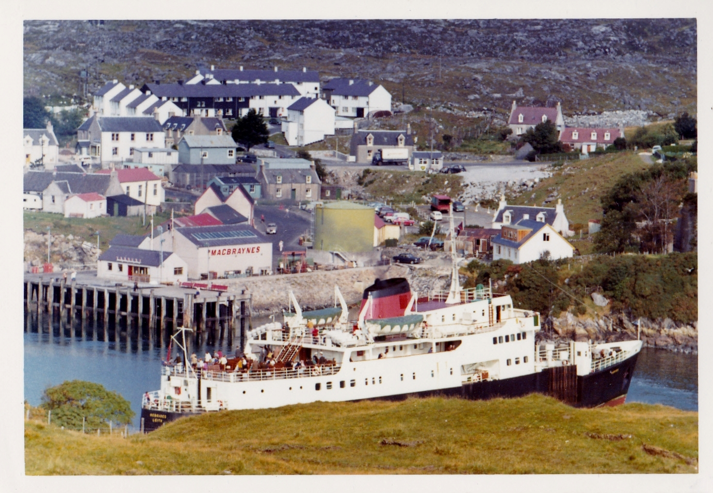 Hebrides canting at Tarbert (Jim Aikman Smith)