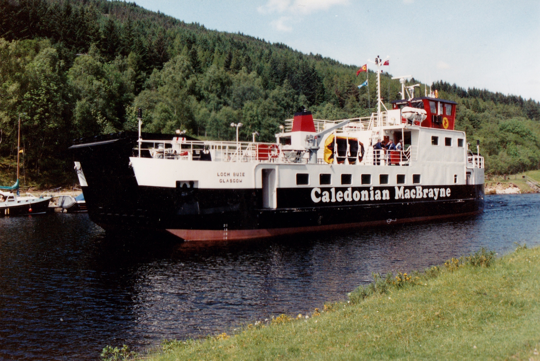 Loch Buie in the Caledonian Canal (Jim Aikman Smith)