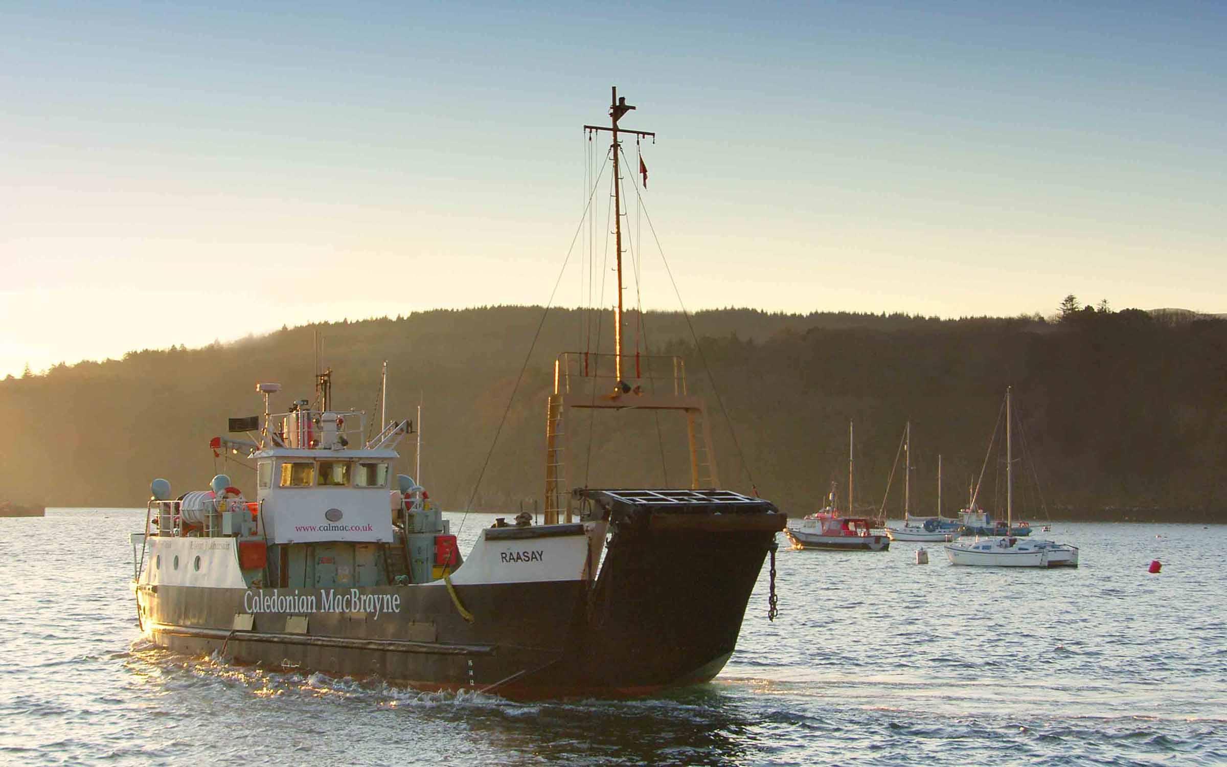 Raasay at Tobermory (Ships of CalMac)