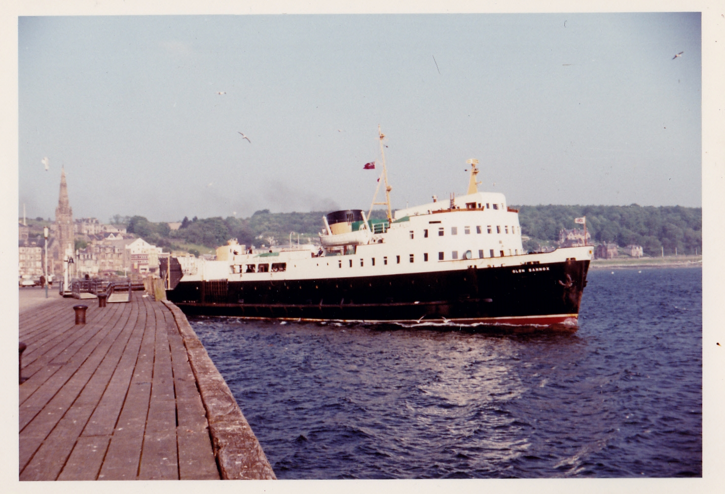 Glen Sannox leaving Rothesay (Jim Aikman Smith)