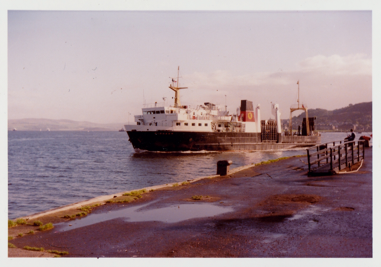 Pioneer at Gourock (Jim Aikman Smith)