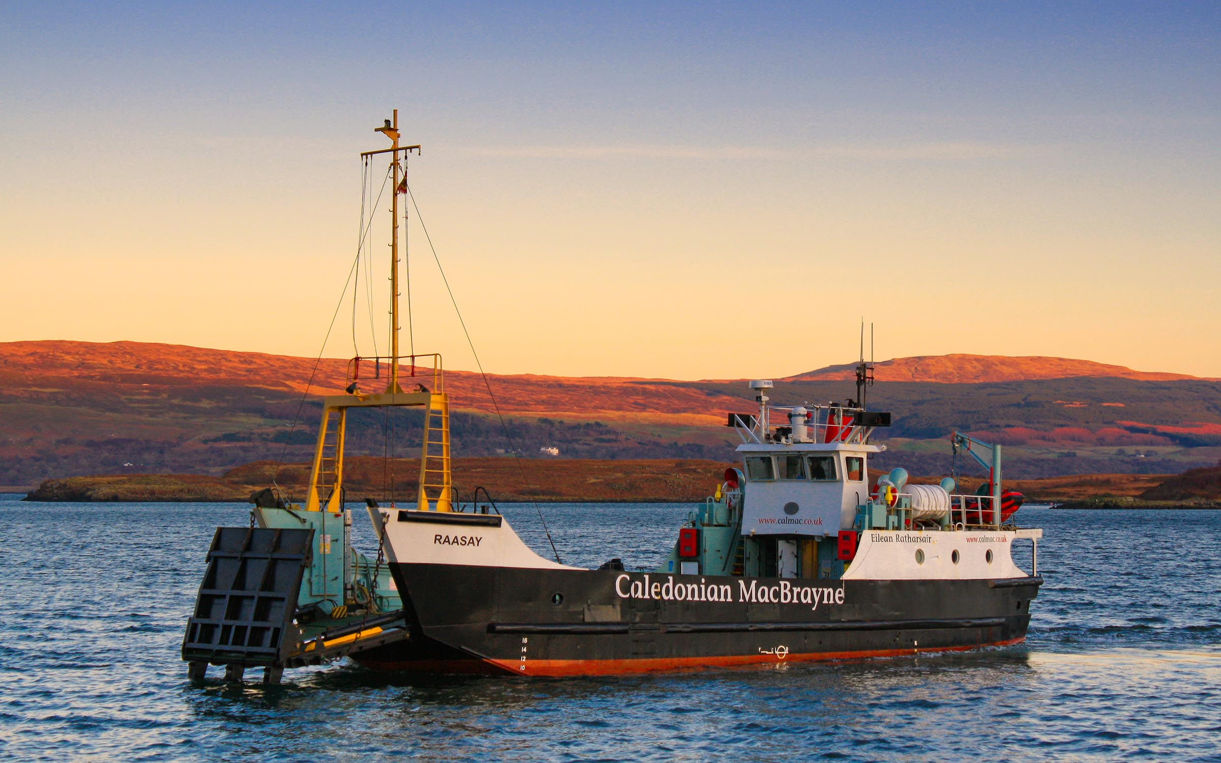 Raasay in Tobermory Bay at sunset (Ships of CalMac)