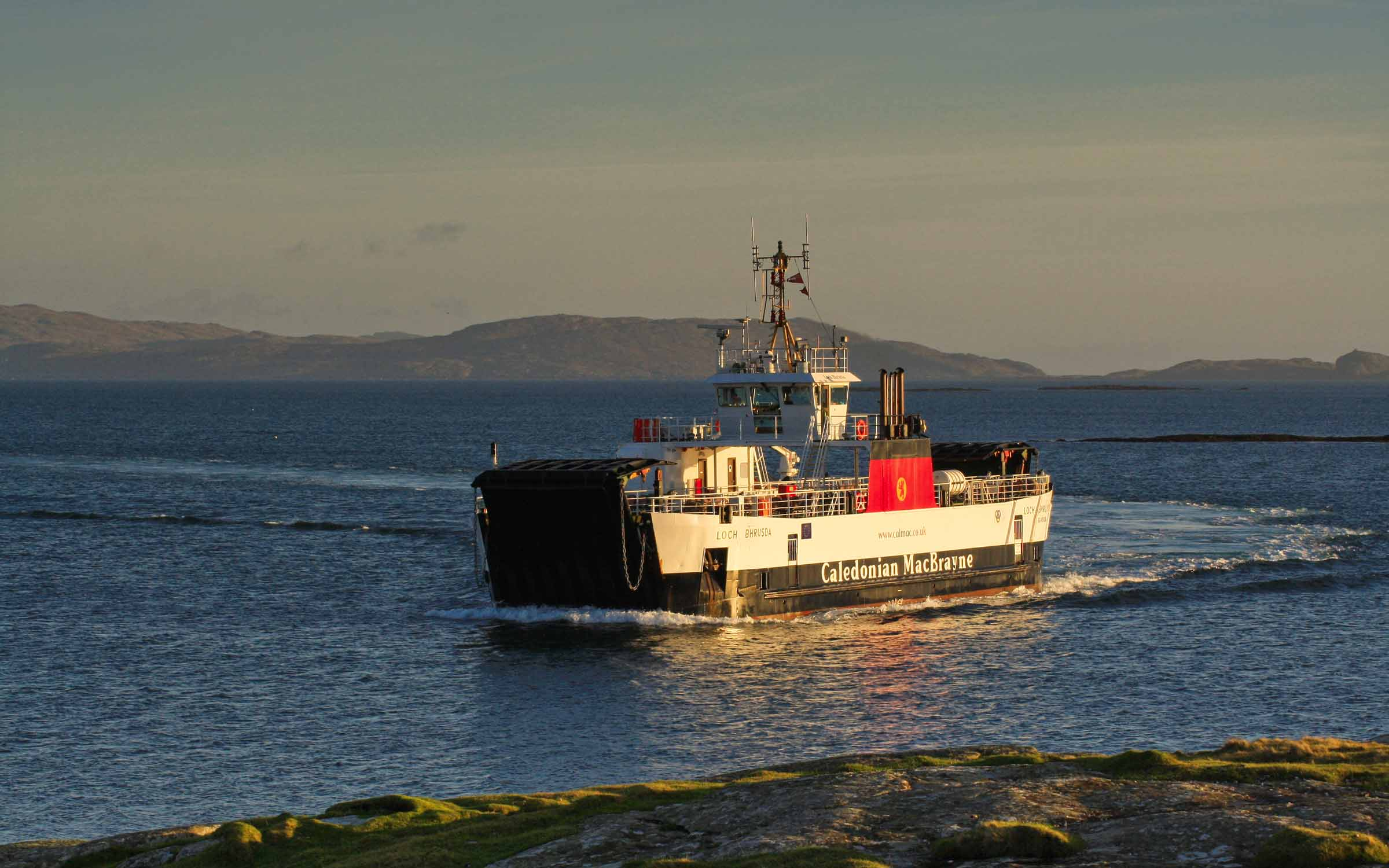 Loch Bhrusda arriving at Ardmhor (Ships of CalMac)