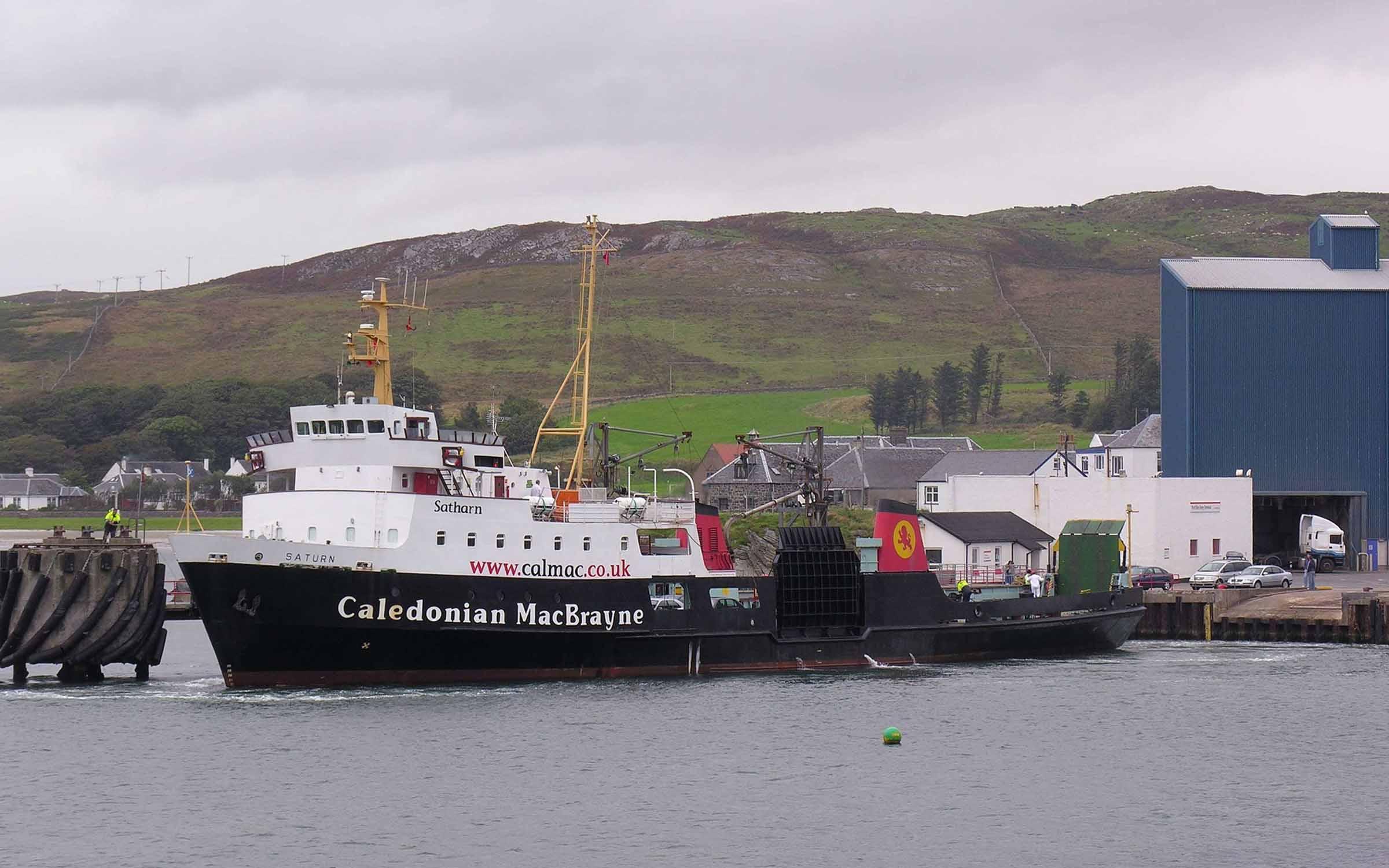 Saturn on a berthing trial at Port Ellen (Iain McPherson)