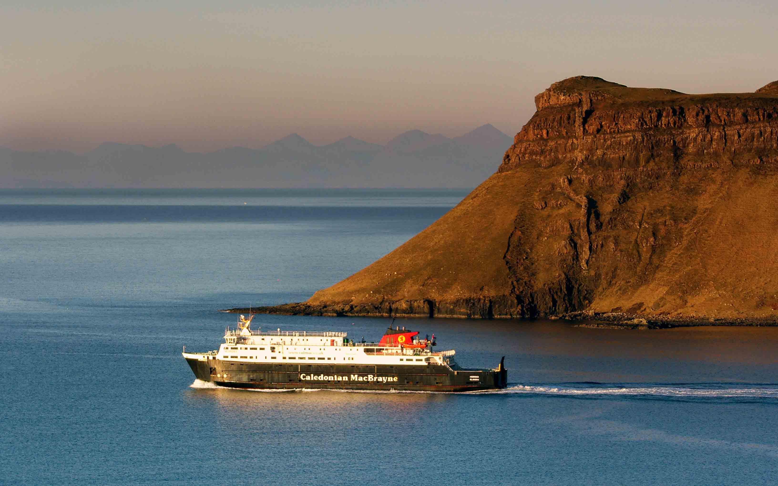 Hebrides leaving Uig (Ships of CalMac)
