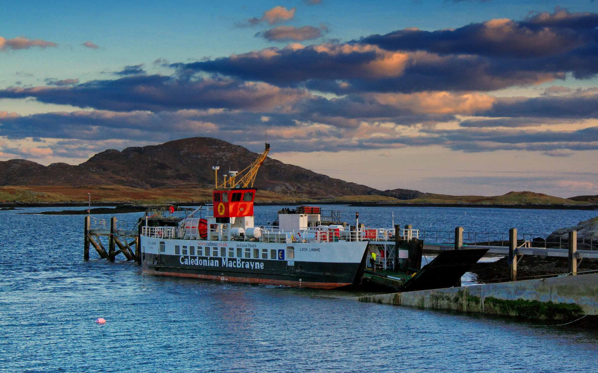 Loch Linnhe at Ardmhor (Ships of CalMac)