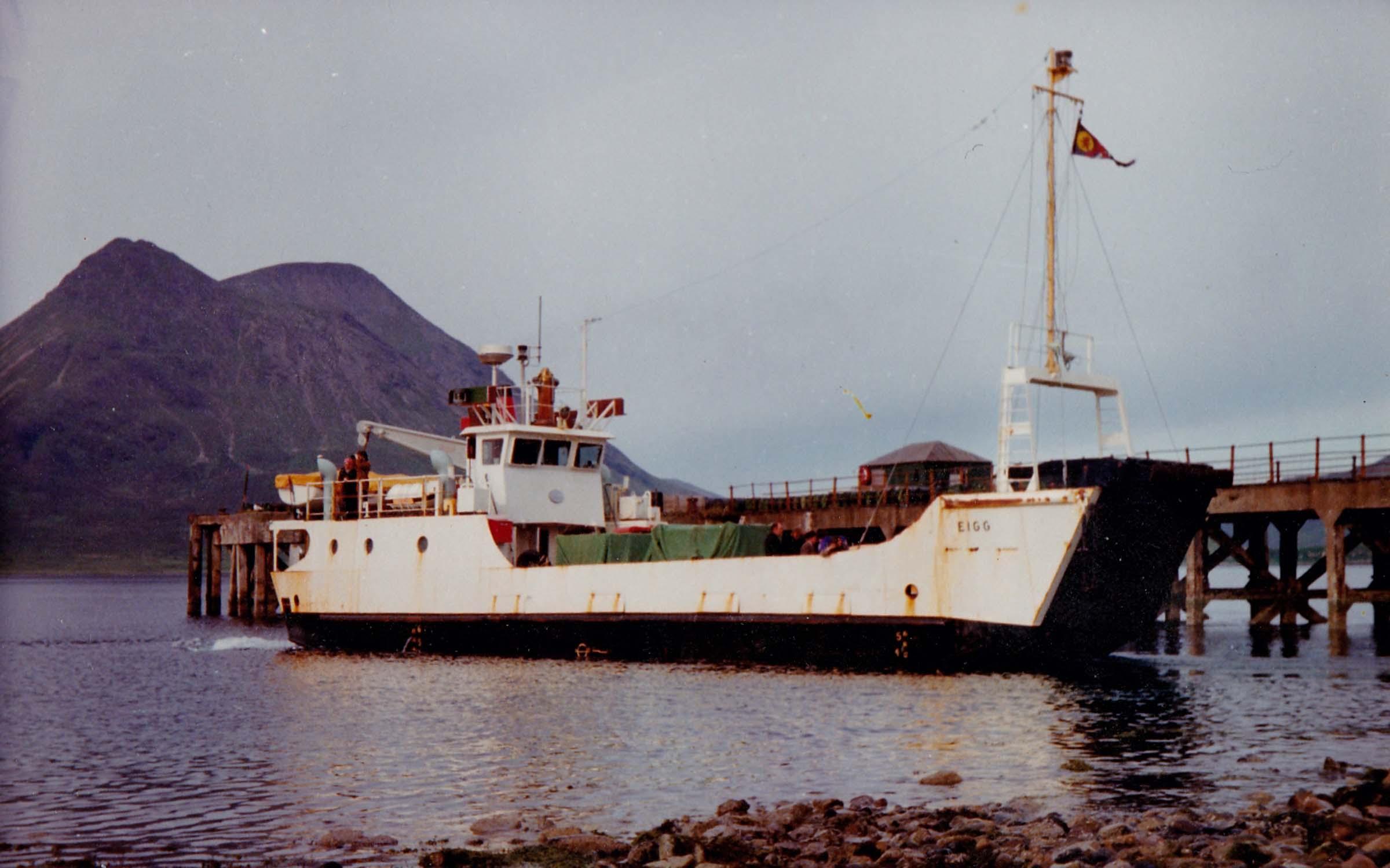 Eigg at Raasay (Jim Aikman Smith)