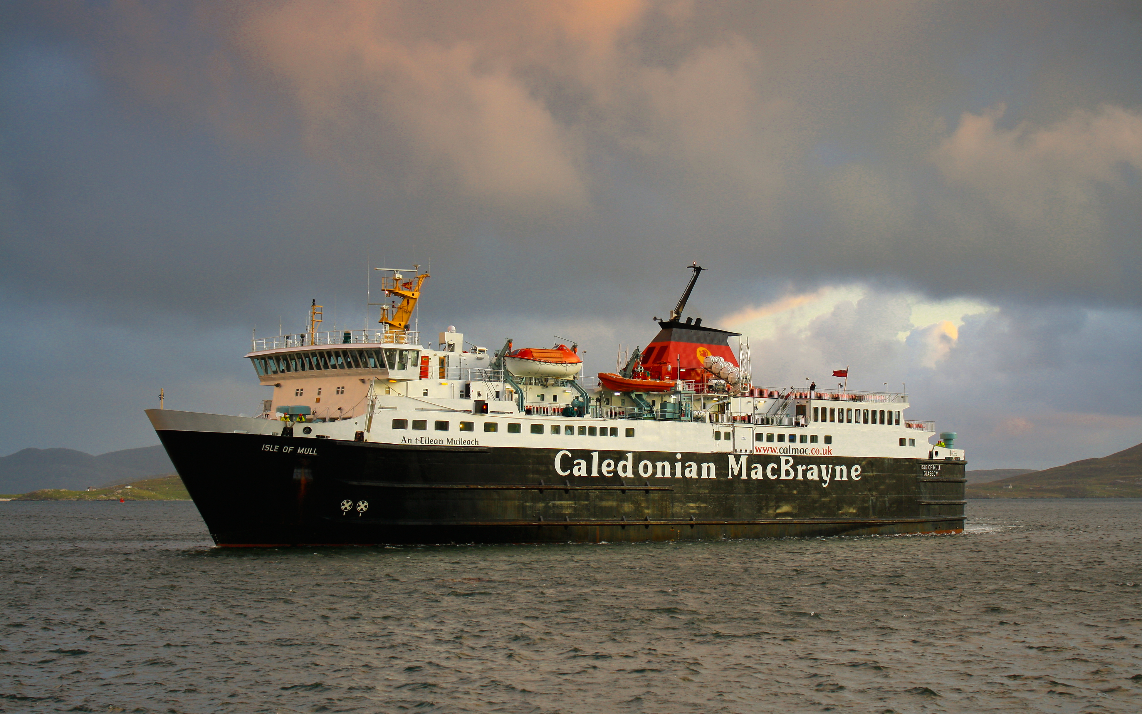 Isle of Mull arriving at Castlebay (Ships of CalMac)