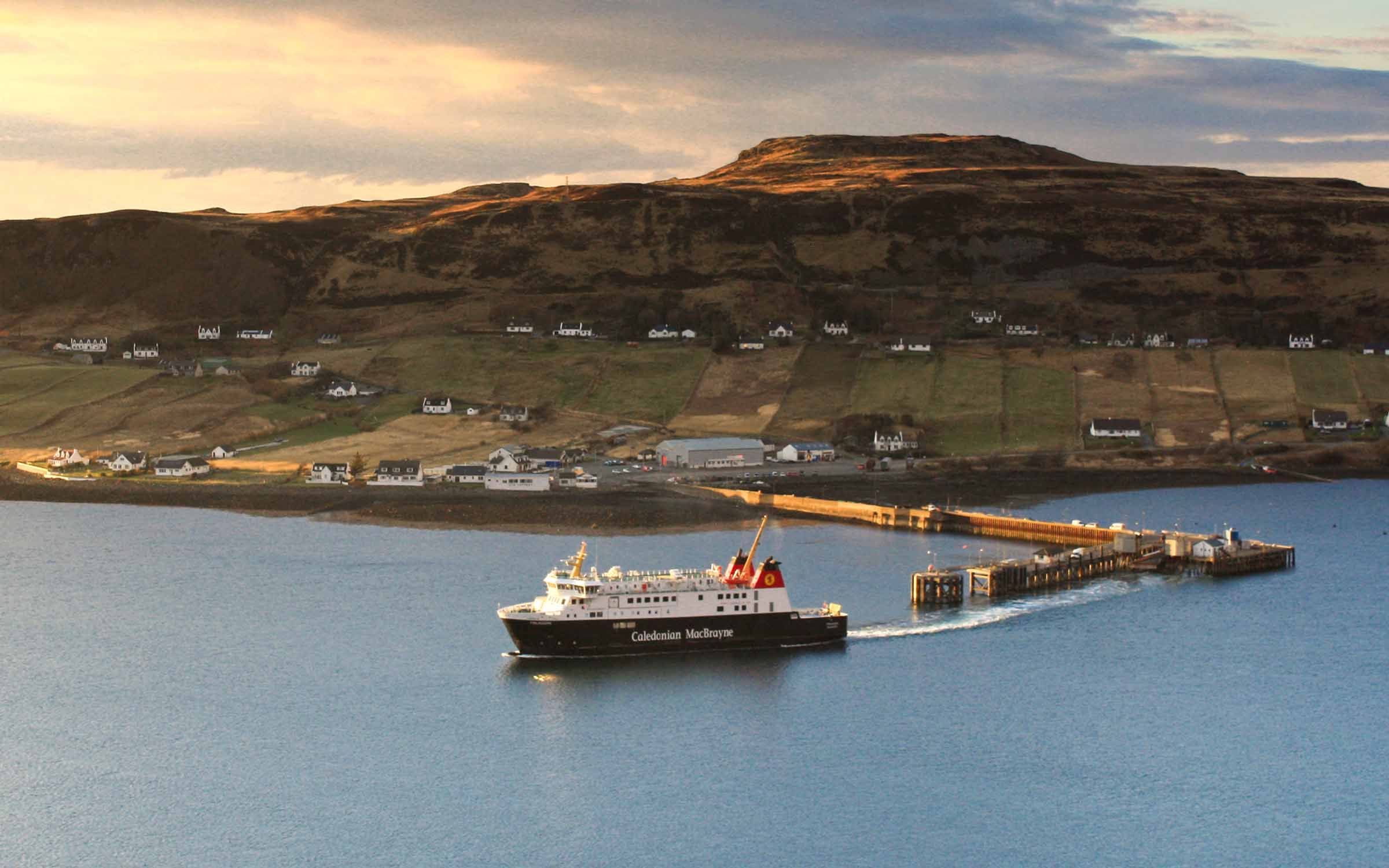 Finlaggan leaving Uig while covering Hebrides (Ships of CalMac)