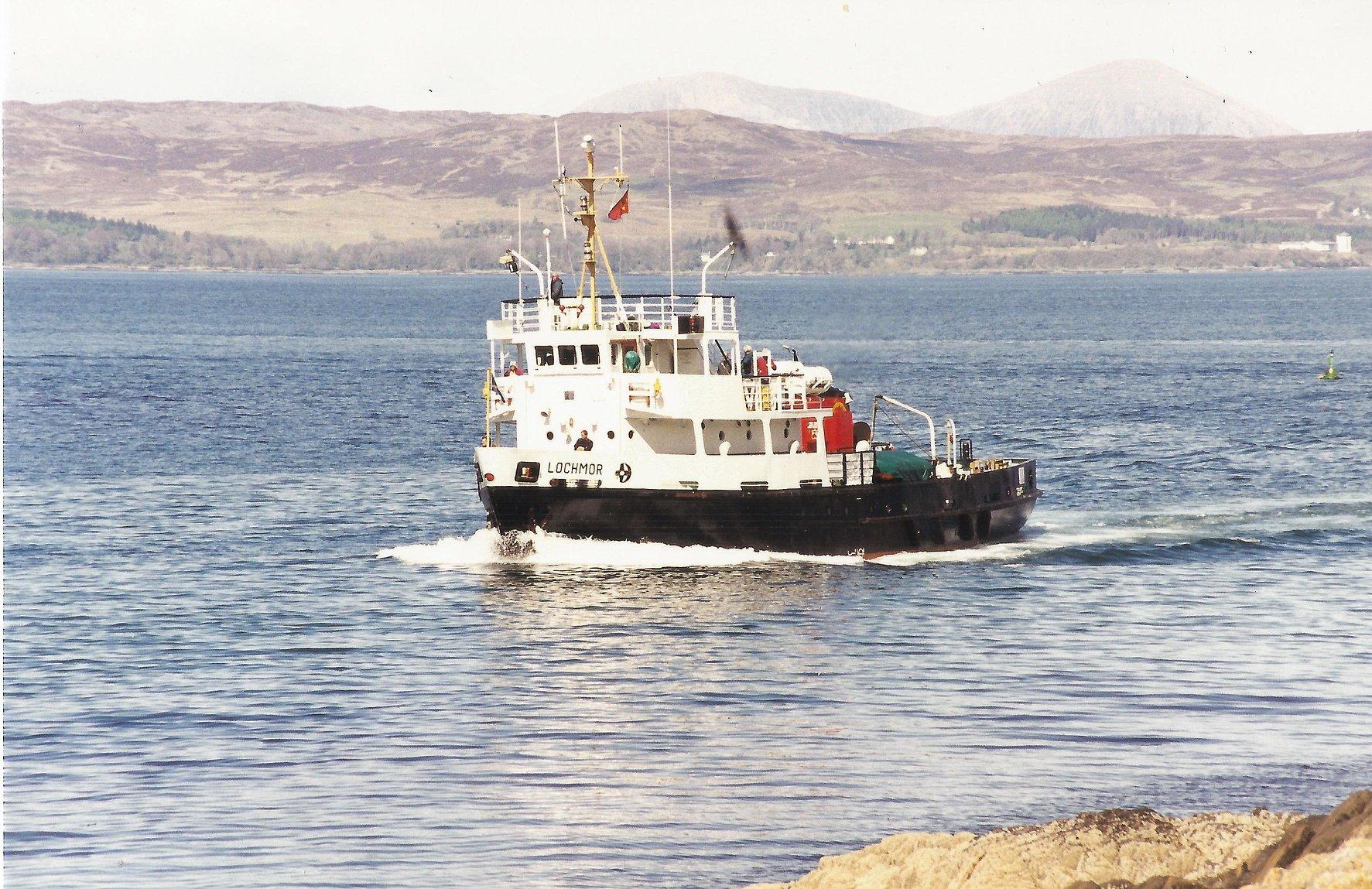 Lochmor entering Mallaig Harbour (Iain McPherson)