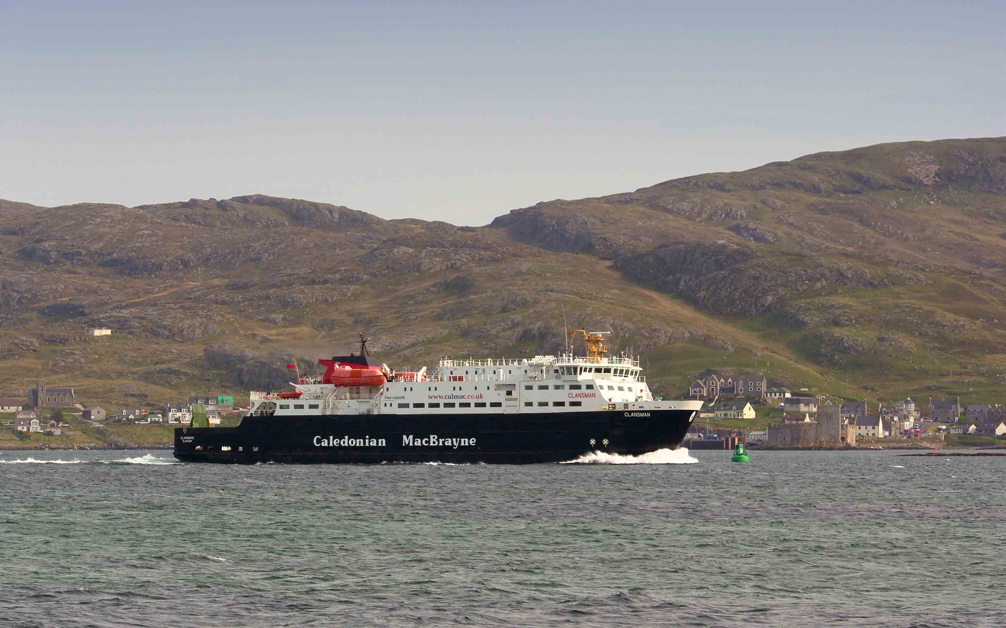 Clansman leaving Castlebay on the return journey to Oban (Ships of CalMac)