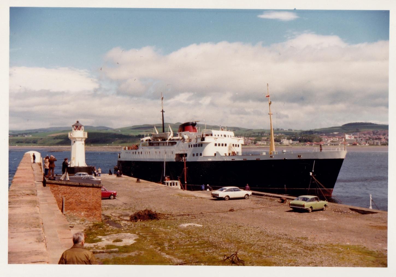 Clansman entering Ardrossan Harbour (Jim Aikman Smith)
